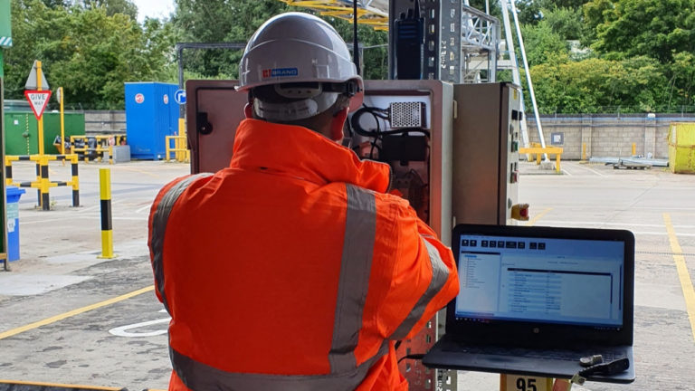 TES radio system experts find the solution for chemical giant's operational challenge