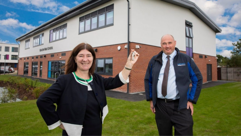 Contractor completes net zero carbon extension for Chester school