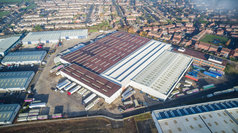 Tewkesbury warehouse which offers significant savings available to let