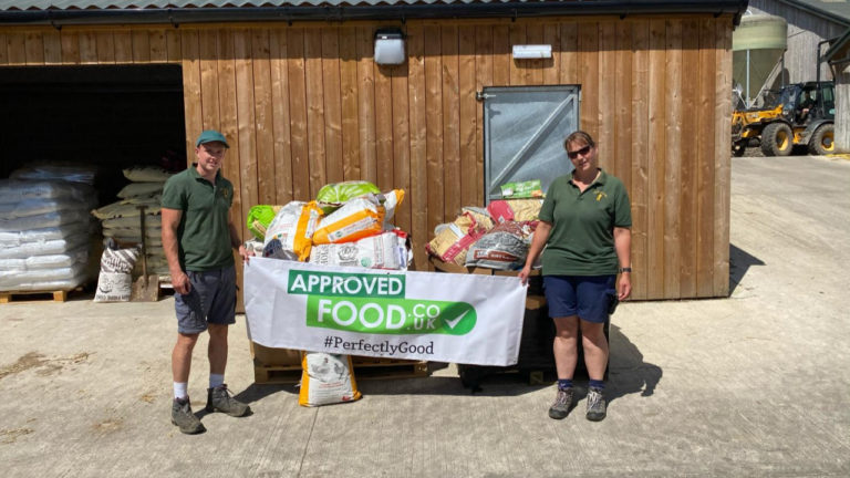 'Good neighbours' Approved Food donate animal feed to Cannon Hall Farm