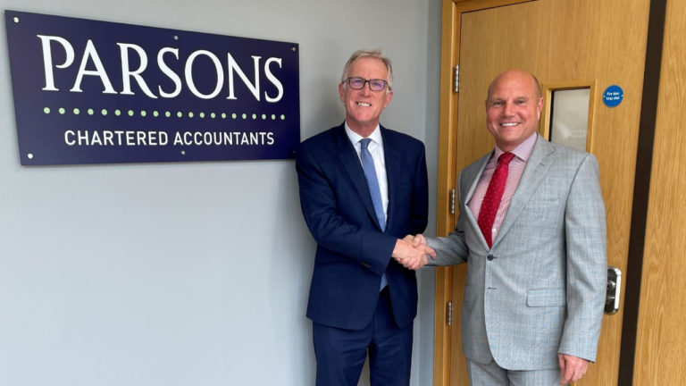 Paylings joins forces with Parsons, Chartered Accounts