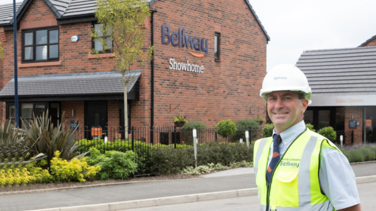 Bolton site manager wins national award