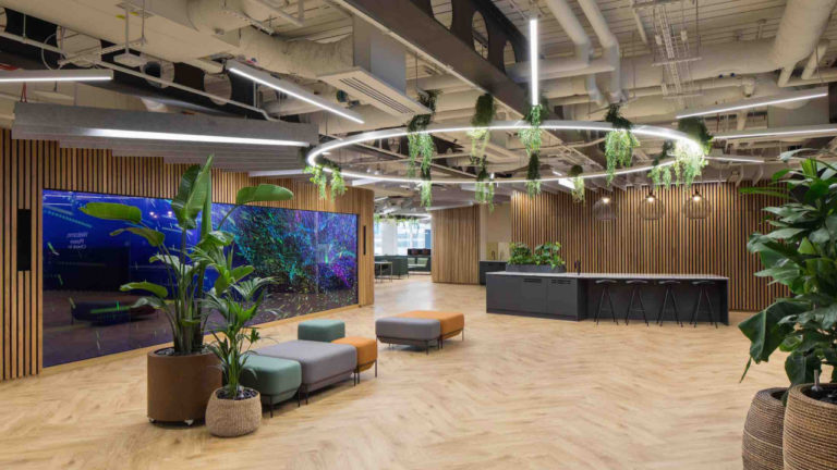 Midlands interior design consultancy delivers global firm's new City of London office