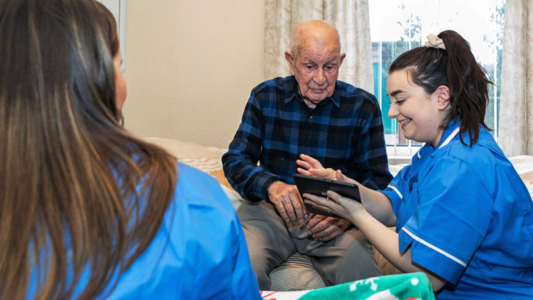 Jobs hub targeting unemployed to help meet crisis in care sector recruitment