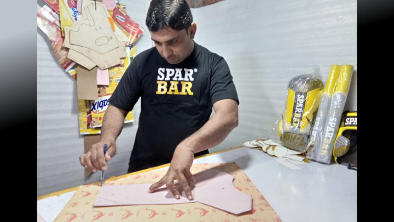 Sparbar® introduces its Master Cutter Ahmed Raza – Changing lives in Pakistan