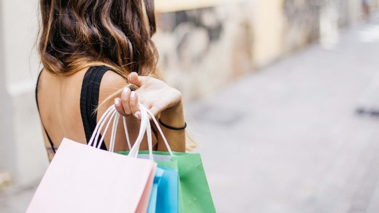 Merry Hill hosts exclusive student shopping night with range of deals and discounts